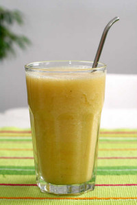 Creamy Orange-Banana Smoothies